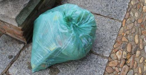 Cada español tira a la basura una media de medio kilo de comida cada semana pese a no ser consciente de ello