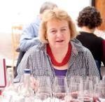 Sarah Jane Evans, directora de las catas de vinos españoles de Decanter.