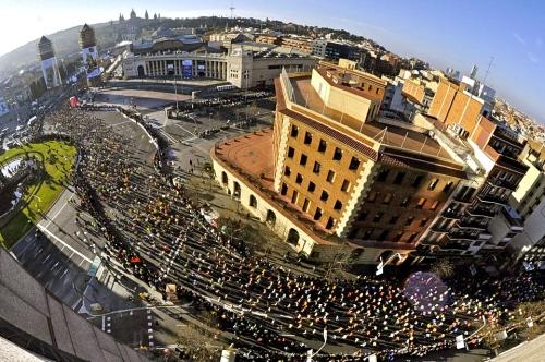 Vista aérea de la salida de la Marato. Foto: Joan Lanuza. M.Deportivo